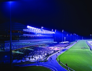 <h6>NEW RACECOURSE AT KRANJI</h6><br><h7>Country: Singapore / Client: SINGAPORE TURF CLUB<br>Company: <a href='http://www.ssyenc.com/newEng/' target='_blank'>Ssangyong Engineering & Construction Co., Ltd.</a><br>Project Cost: 216,448 in thousand US$ / Work Duration: 1996/11/29 ~ 1999/05/31</h7>
